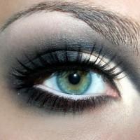 макияж черными тенями