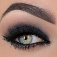 black-shadows-smoky-eyes