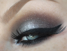 makeup-gray-shadow1